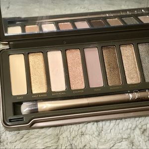 Urban Decay Makeup - 🆕NWT Naked 2 Eyeshadow Palette by Urban Decay